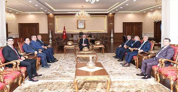 Kocaeli Serbest Muhasebeci Mali Müşavirler Odası Yeni Yönetimi Sayın Valimizi Ziyaret Etti