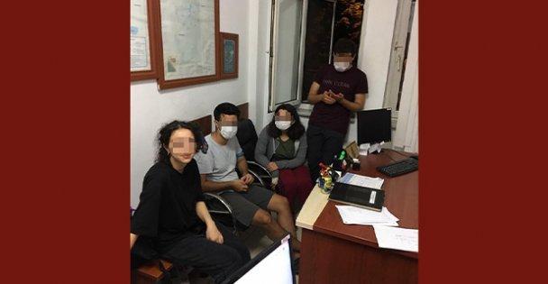 Ormanda kaybolan 4 genç,ekiplerice bulundu