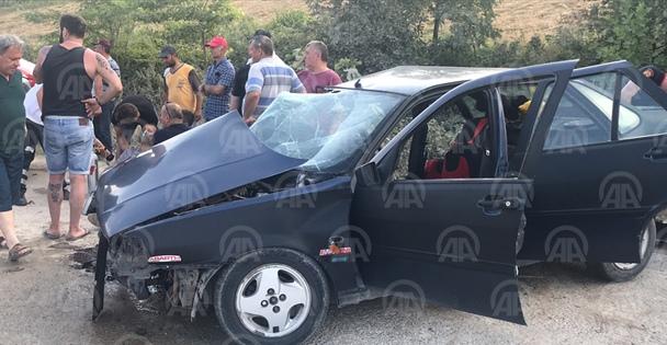 Kocaeli'de trafik kazası: 1 ölü, 15 yaralı