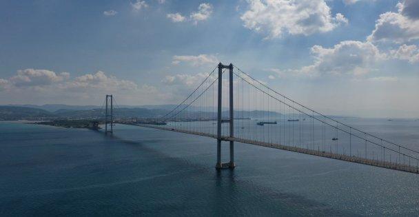 Köprü manzarasını parktan seğredeceğiz