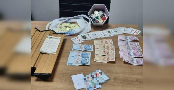 Kumar oynarken veyakalanan 6 kişiye para cezası kesildi