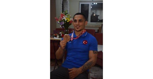 Milli judocu Recep Çiftçi, Bronz Madalyanın Mutluluğunu Yaşıyor