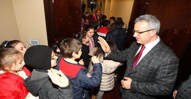 Minikler, Başkan Köşker'i Ziyaret Etti