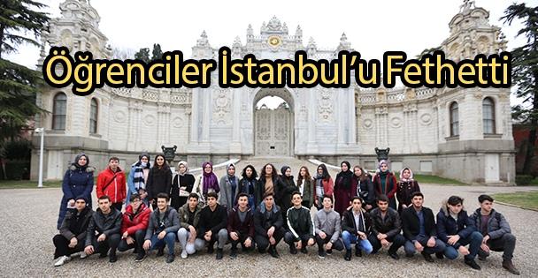 Öğrenciler İstanbul'u Fethetti