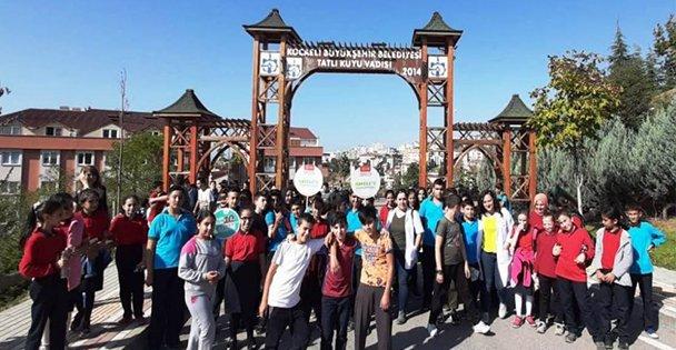 Öğrenciler sağlıklı yaşam için yürüdüler!