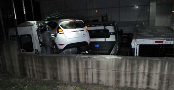 Otoparka savrulup sıfır otomobillere çarptı