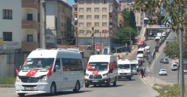 Servis aracı işletmecileri İsrail zulmünü kınamak için konvoy oluşturdu
