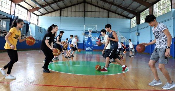 Spor Okulları'nda Özlem Bitti
