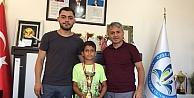 14 Yaş Yaz Kupası Sahibi Emirhan Oldu