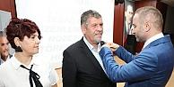 AK Parti Çayırova İlçe Teşkilatında 2 Bin Yeni Üyeye Rozet Takıldı