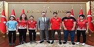 Aksoy, Dereceye Giren Sporcuları Ödüllendirdi
