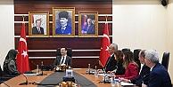Aksoy, vatandaşlarla birarada