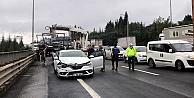 Anadolu Otoyolunun  Kocaeli Kesimindeki Zincirleme Kaza Nedeniyle Ulaşıma Kapandı