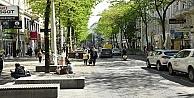 Avrupanın birçok ülkesinde Kovid-19 vakalarının artış hızı düşüyor