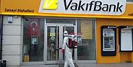 Başkan Büyükakının talimatıyla: Banka şubeleri ve ATMler dezenfekte ediliyor