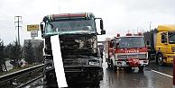 Trafik kazası 2 kişi yaralı