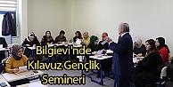Bilgievi'nde Kılavuz Gençlik Semineri