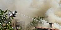 Çatıda çıkan yangın hasara yol açtı