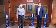 Çayırovada okullara dezenfektan seti dağıtıldı
