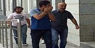 Cezaevinden çıktı kapıda tutuklandı