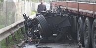 D-100 kana bulandı: 1 ölü 4 yaralı