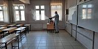 Darıcada sınav öncesi okullar dezenfekte edildi