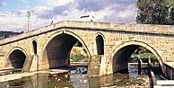 Devlet, 500 Yıllık Dilovası Mimar Sinan Köprüsüne Sahip Çıkmalı
