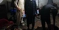 Gebze'de 17 yabancı uyruklu saklandıkları evde yakalandı