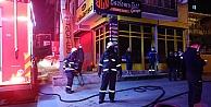 Gebzede tost salonunda çıkan yangını itfaiye ekipleri söndürdü