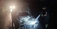 Gebzede yanan otomobilde hasar oluştu