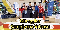 Güreşçiler Şampiyona Yolcusu