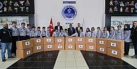 Kağıtspor yardım elini Türkmenlere uzattı