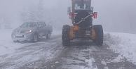 Kar Timi Yolları  Açık Tuttu