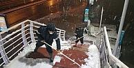 Kar Yağdı Onlar Çalıştı