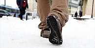 Karda düştükten sonraki şiddetli ağrıya dikkat