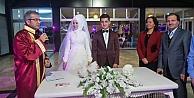 Kılınç kızını evlendirdi!