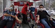 Kocaelide öğrenciler kan bağışına dikkati çekmek için kampanya düzenledi