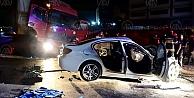 Tır ile otomobil çarpıştı: 2 ölü, 1 yaralı