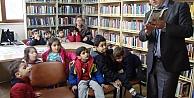 Kütüphaneyi çok sevdiler