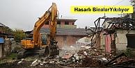 Marmara Depreminin merkez üssünde hasarlı binalar yıkılıyor