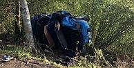 Otomobil elektrik direğine çarptı: 3 ölü 1 yaralı
