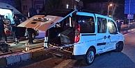 Otomobille hafif ticari araç çarpıştı: 4ü çocuk 10 yaralı