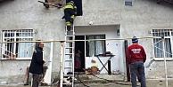 Soba evi yakıyordu!