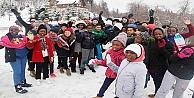 Swazilandlı öğrencilere kar süprizi