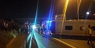 TEM otoyolunda otobüs devrildi 1 ölü 14 yaralı.