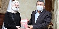 Türkiye Birincisi Ayşenur, Başkan Şayirin konuğu oldu