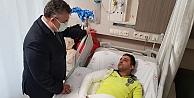 Vali Seddar Yavuz, yaralı polisi tedavi gördüğü hastanede ziyaret etti