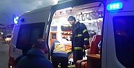 Yangında itfaiye eri yaralandı