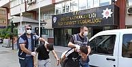 Gebzede 2 kişinin parasını gasbettikleri iddiasıyla yakalanan 4 şüpheliden 2'si tutuklandı