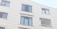 Gebze'de dördüncü kattan düşen 2.5 yaşındaki çocuk öldü